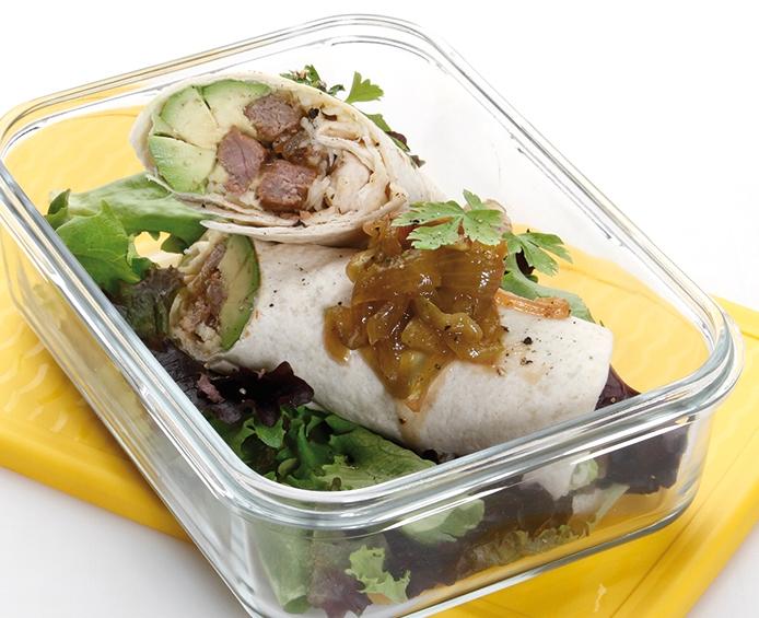Burritos de ternera con champiñones, cebolla y emmental