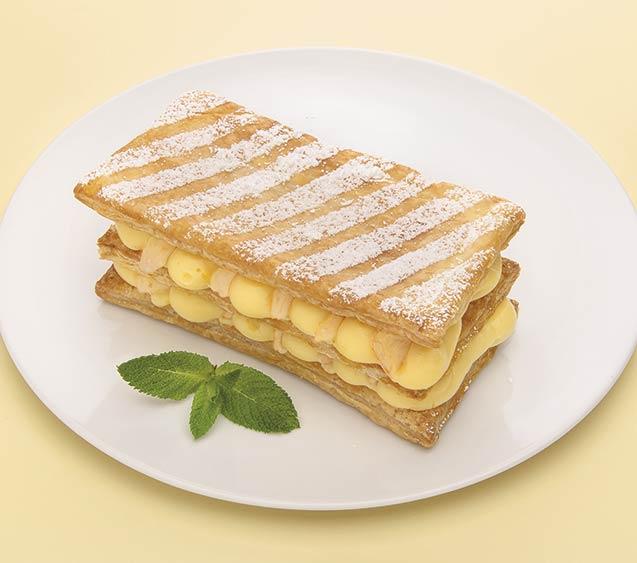 Milhojas de paraguayos con crema de vainilla