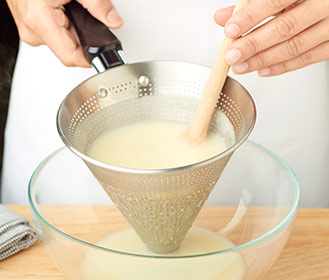receta paso a paso crema de esparragos blancos con jamon y picatostes