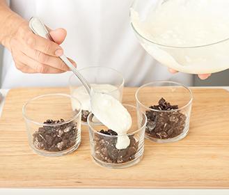 receta paso a paso copa en blanco y negro