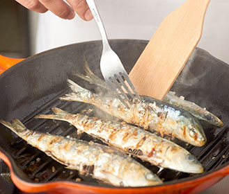 receta paso a paso sardinas asadas con alioli y pimientos