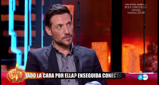 Antonio David Flores defendiendo a Rocío Flores
