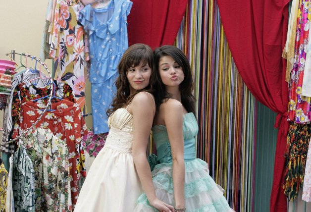 Selena Gomez Demi Lovato Princess Prtection Program