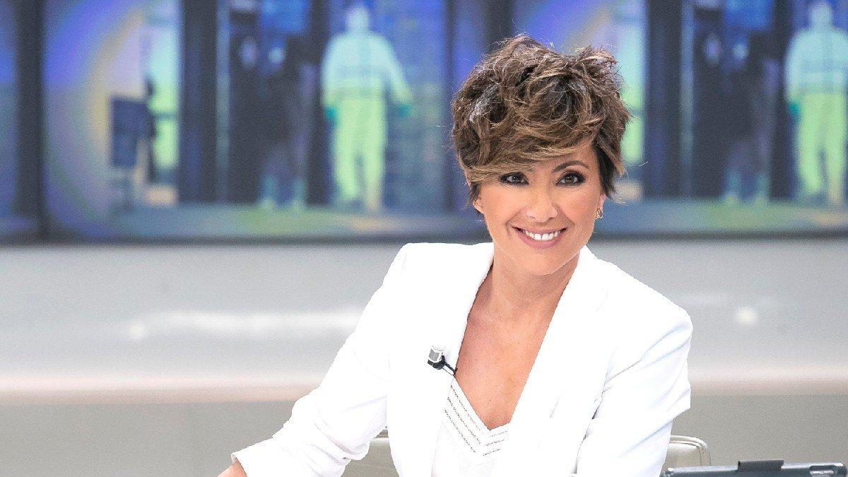 Todo lo que no sabías de Sonsoles Ónega, periodista por tradición ¡y por  pasión!